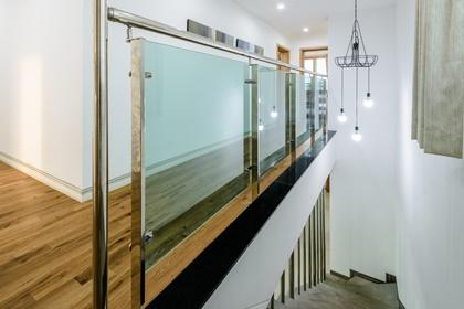 모살동 2층복도,계단